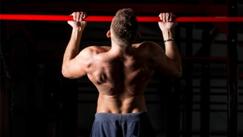 The Mistakes We All Make When Trying To Strengthen Our Back And Biceps