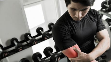 These Are The 5 Most Common Weight-Training Injuries And How To Avoid Them