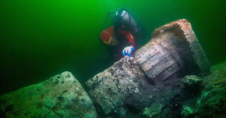 An Ancient Underwater City In Egypt Is Finally Revealing Its Treasures