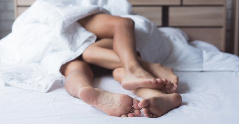 Study Reveals How Long Men Wait Before Changing Sheets Post-Romp Compared To Women