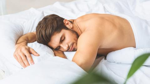 This Study Proves Why You Should Always Be Sleeping Naked