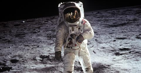 Every Astronaut To Walk On The Moon Has Returned With This Mysterious Health Problem