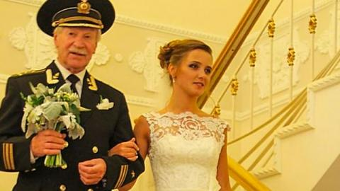 This 87-Year-Old Russian Has Divorced His 27-Year-Old Wife For A Shocking Reason