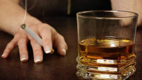 The Effects Of Cigarettes And Alcohol On Your Life Expectancy Could Be MUCH Worse Than We Thought