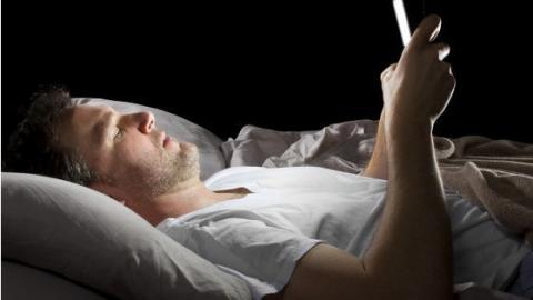 This Is The Real Reason It's So Important To Turn Your Phone Off At Night