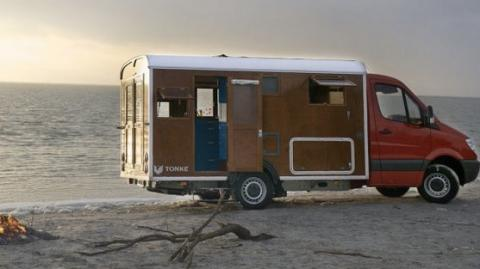 Your Jaw Will Drop When You See The Inside Of This Motorhome