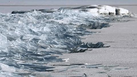 This Video Of Ice Breaking Up On A Lake Is Going Viral For A Surprising Reason