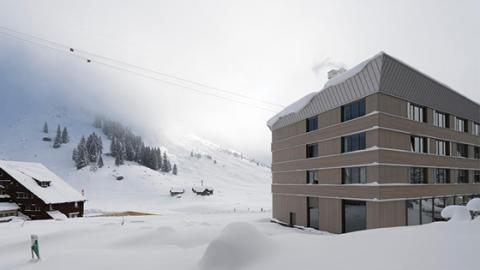 This Hotel In Switzerland Became Totally Trapped Under The Snow