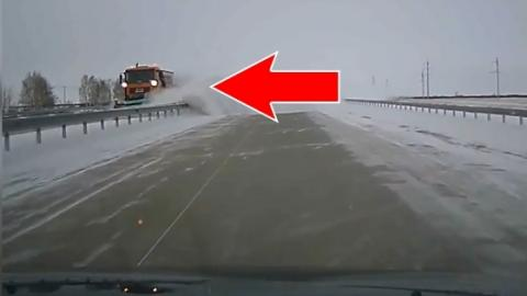 This Is The Insane Way Snow Is Cleared In Kazakhstan