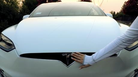 This Tesla Model X Just Starred In The Most Bizarre ASMR Video