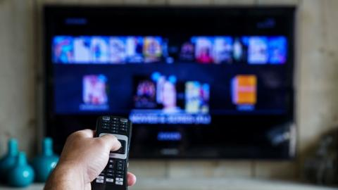 How To Easily Clean Your Television Screen