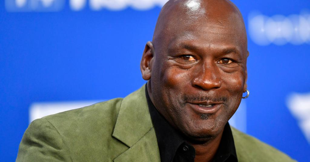 5 Things You Should Know About Michael Jordan, The Best Basketball Player Of All Time!