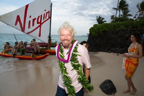 Here's how billionaire Richard Branson spends his holidays