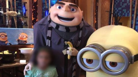 Notice Anything Strange? The Actor In This Gru Costume Was Fired By Universal Studios Over This Photo