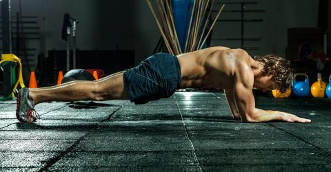 3 Ways to Plank for the Ultimate Shredded Abs