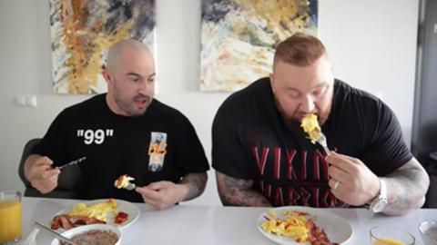 An ordinary guy tried to follow GOT's The Mountain's Diet for a Day