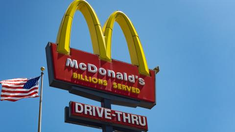 She Completely Lost It At McDonald's Because Of a Mistake With Her Order (VIDEO)