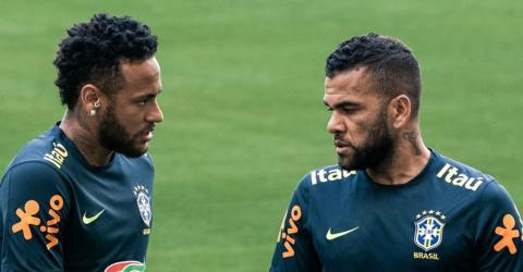 Dani Alves Is Putting Fuel On The Fire Over The Neymar Case