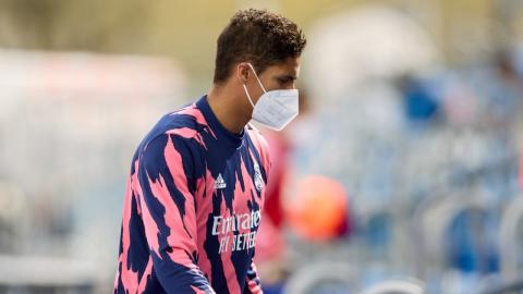 Raphaël Varane tests positive for COVID, ruled out for Liverpool game