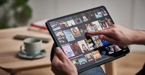While in quarantine, you can watch movies with your friends remotely with this Netflix app!