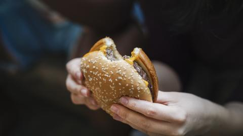 Junk food starts affecting your brain much faster than you think