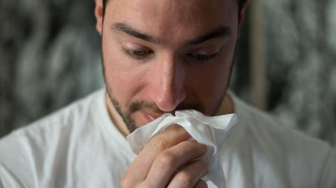 Study reveals sexual intercourse could be the cure to hay fever