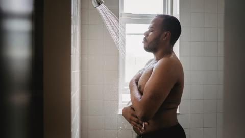 Should you shower in the morning or the evening?