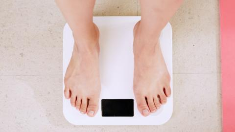 Weight loss: Study finds overeating does not cause obesity