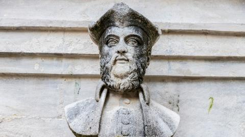 What are Nostradamus' predictions for 2021?