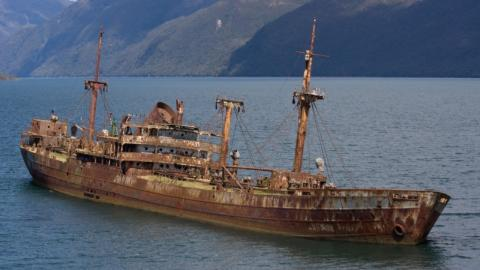 A boat mysteriously reappears 90 years after disappearing in the Bermuda Triangle
