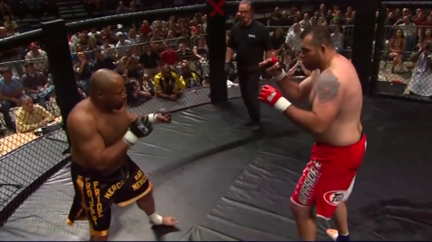 What Happens When a Boxer Squares Off Against an MMA Fighter