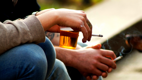 Newly Proposed Law Looks to Ban Smoking Outside Restaurants and Pubs