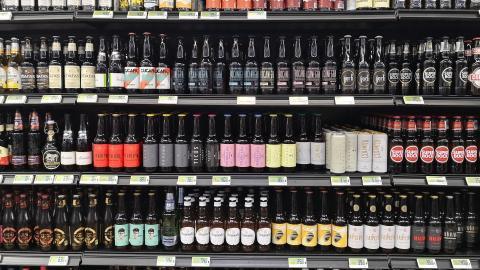 Ireland bans alcohol deals as part of booze crackdown