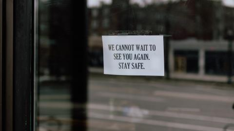 Irish restaurants might stay closed until May