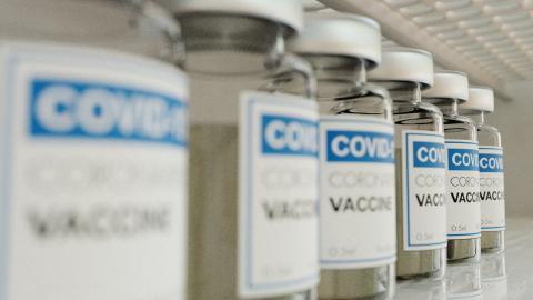 UK decision to delay second doses of COVID vaccine labelled as life saving