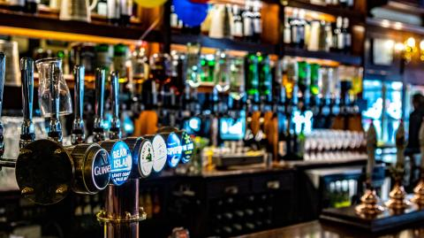 Boris Johnson fighting to save the hospitality industry by scrapping one metre rule in pubs