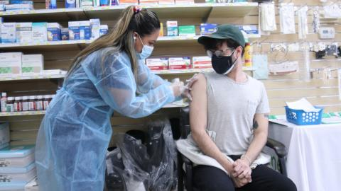 COVID: Hundreds of thousands of Brits chose to skip second jab