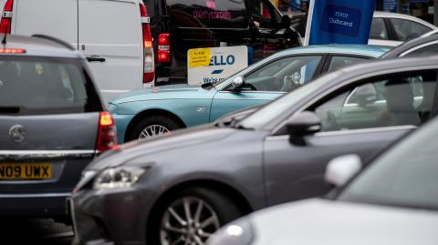 Grant Shapps insists there's 'no shortage of fuel' and urges Brits to stop panic-buying