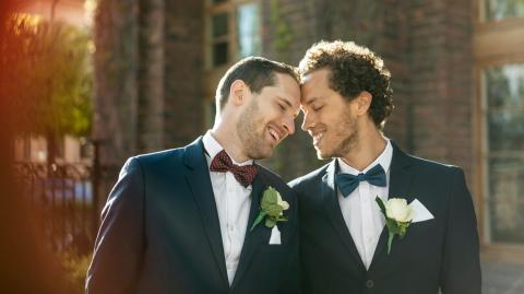 According to this study, we're all a little gay