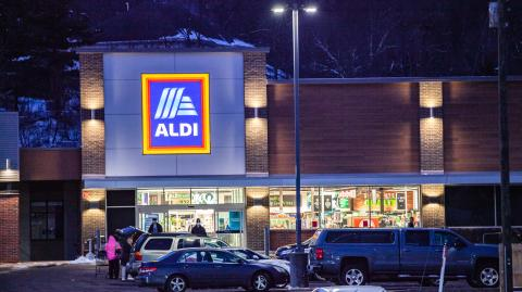 Here are the 10 things Aldi employees say you must never do in the shop