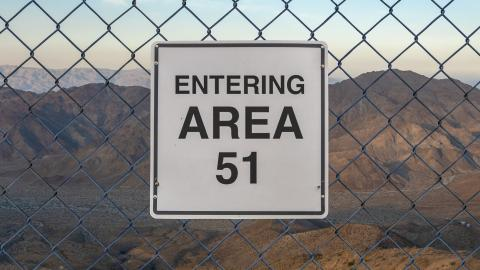 Area 51: very clear footage has been leaked on the internet