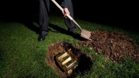 This couple discovered 28 gold bars in the garden, but the tax office got in touch