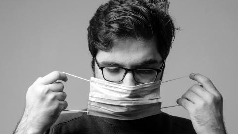 Glasses wearers might be three times less likely to get COVID