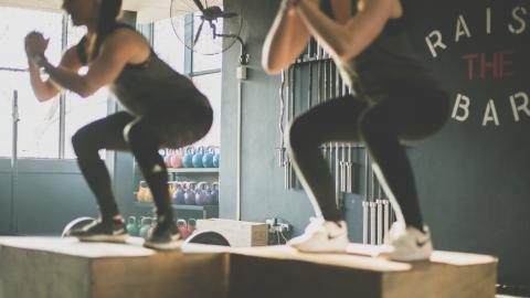 Two teenagers tried to do 1,000 squats and ended up in the hospital
