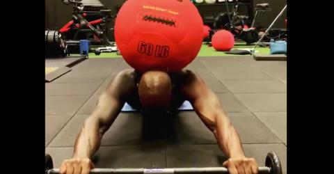 This Medicine Ball Workout Will Put Your Abs And Legs To The Test